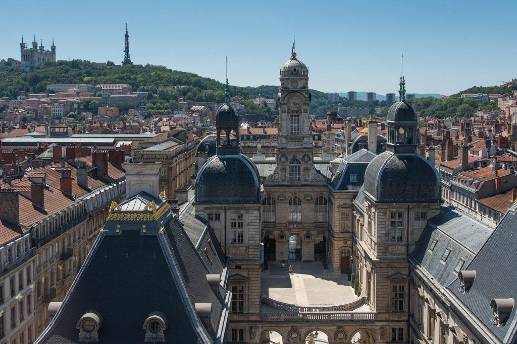 Pompes funèbres et marbrerie funéraire à Lyon, Villeurbanne, Vénissieux, Saint-Genis-Laval ...